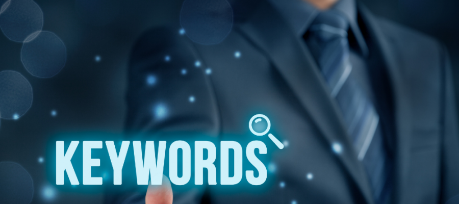 pointing at Keywords to build your SEO