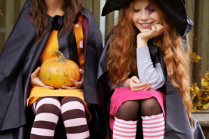 Halloween - Fall porches and fall decorations
